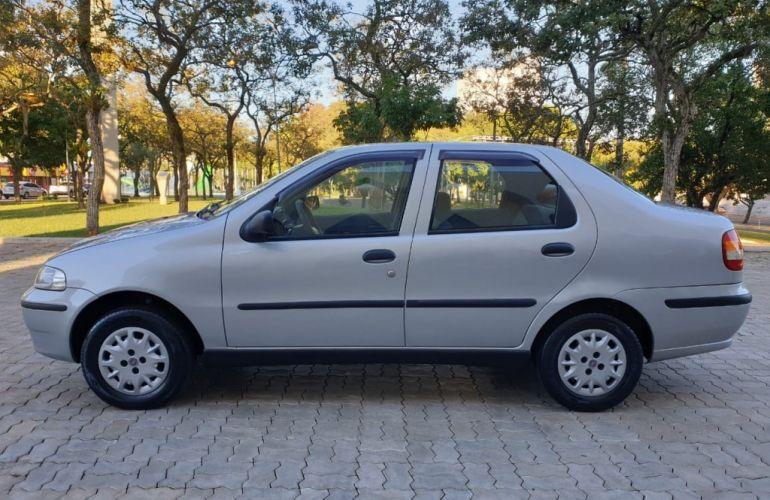 Fiat Siena 1.0 MPi (6 Marchas) - Foto #2