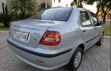 Fiat Siena 1.0 MPi (6 Marchas) - Foto #7