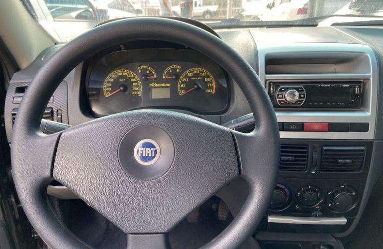 Fiat Strada Adventure 1.8 8V (Cabine Estendida) - Foto #3