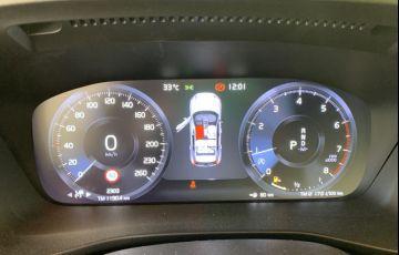 Volvo XC40 2.0 T5 R-Design Special Edition - Foto #3