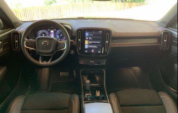 Volvo XC40 2.0 T5 R-Design Special Edition - Foto #7