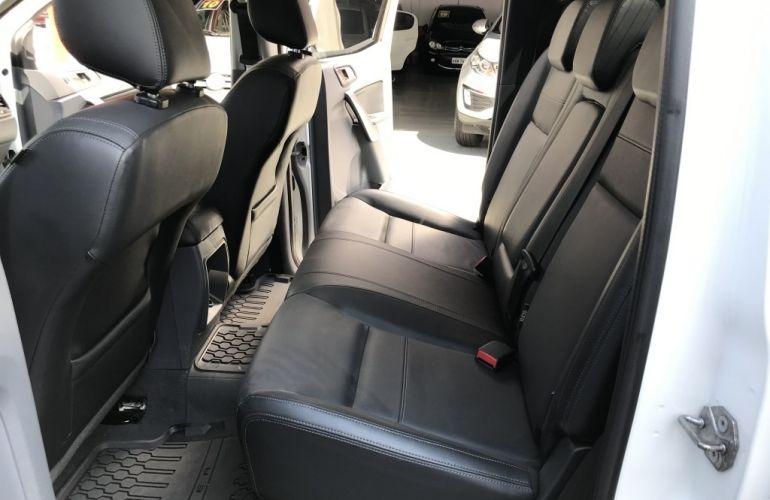 Toyota Hilux SW4 3.0 TDI 4x4 SR 5L (Aut) - Foto #8