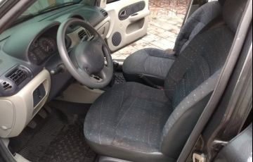 Renault Clio Hatch. Expression 1.0 16V 4p - Foto #9