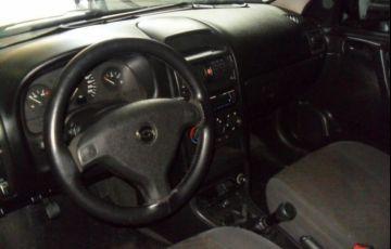 Chevrolet Astra Sedan GL 1.8 Mpfi 8V - Foto #4