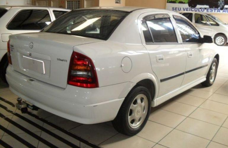 Chevrolet Astra Sedan GL 1.8 Mpfi 8V - Foto #9