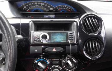 Toyota Etios X 1.3 (Flex) - Foto #9