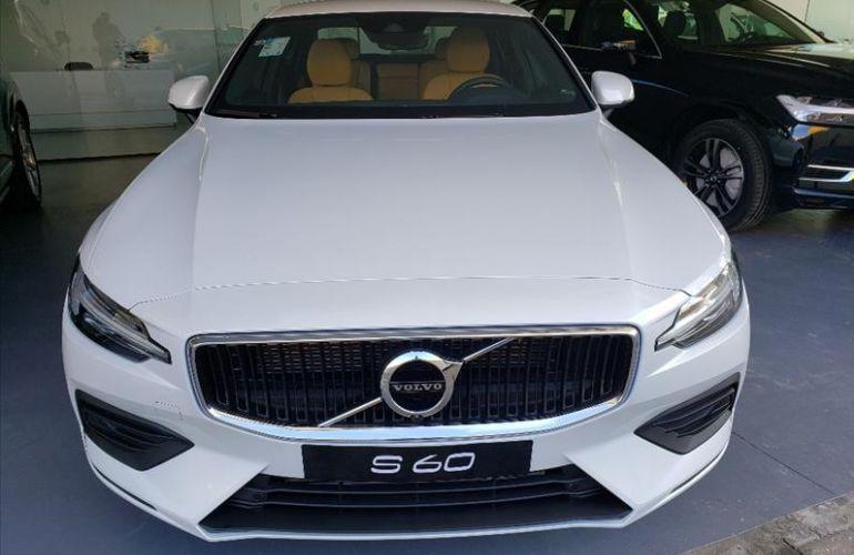 Volvo S60 2.0 T4 Momentum - Foto #2