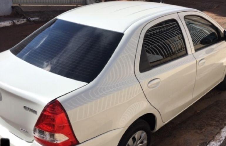 Toyota Etios Sedan X 1.5 (Flex) - Foto #4