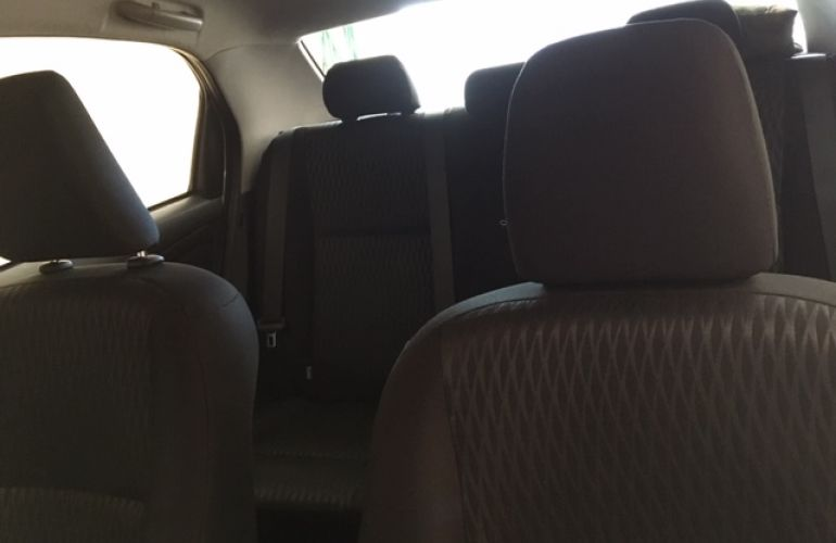 Toyota Etios Sedan X 1.5 (Flex) - Foto #10