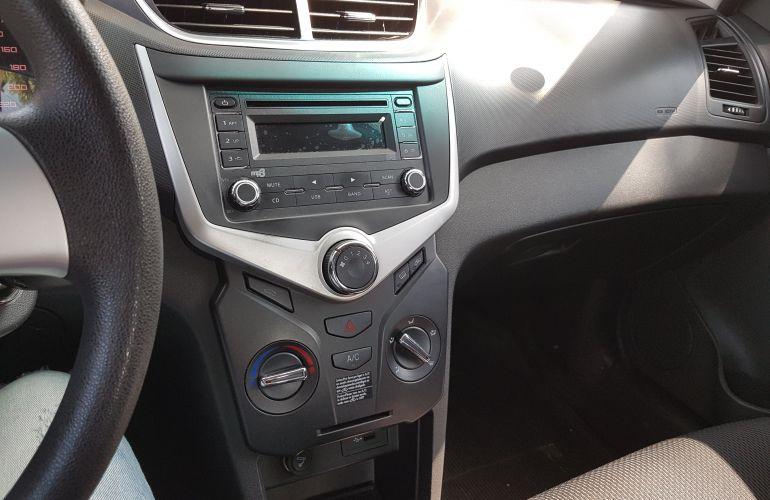 Chery Celer Hatch 1.5 16V ACT (Flex) - Foto #5