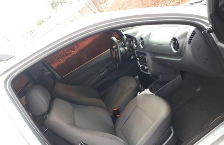 Volkswagen Saveiro 1.6 MI (Flex) - Foto #4