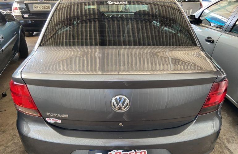 Volkswagen Voyage 1.0 MPI City (Flex) - Foto #4