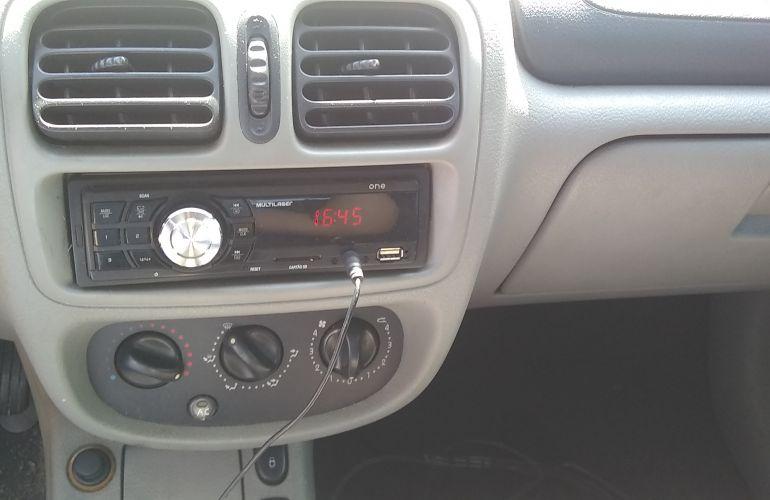 Renault Clio Hatch. Expression 1.6 16V - Foto #3