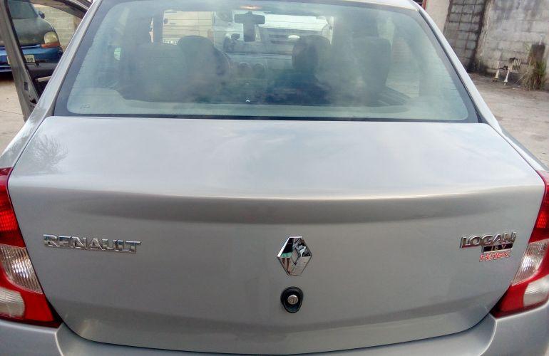 Renault Logan Expression 1.0 16V (Flex) - Foto #10