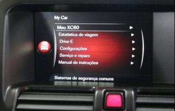 Volvo XC60 Momentum 2.0 Turbo - Foto #10
