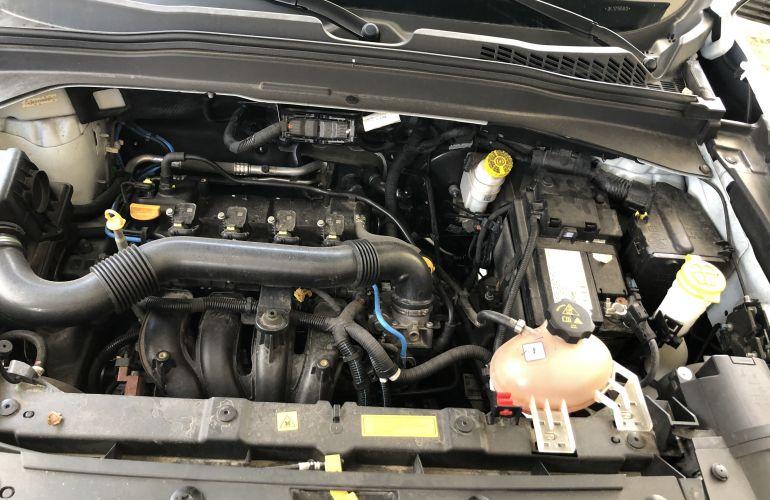 Jeep Renegade 1.8 (Aut) (Flex) - Foto #10
