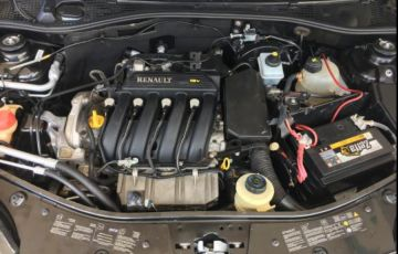 Renault Sandero Stepway 1.6 8V - Foto #8