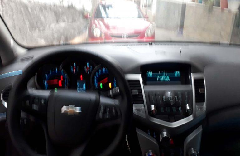 Chevrolet Cruze Sport6 LT 1.8 16V Ecotec (Flex) - Foto #3