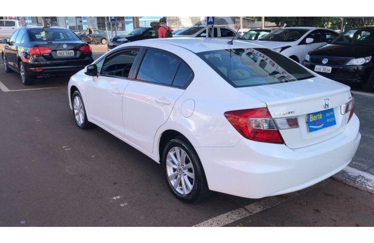 Honda New Civic LXL SE 1.8 i-VTEC (Flex) - Foto #4