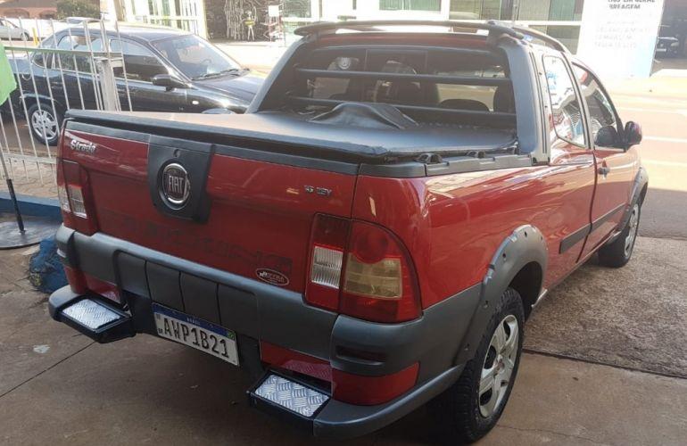 Fiat Strada Trekking 1.6 16V (Flex) (Cabine Dupla) - Foto #4
