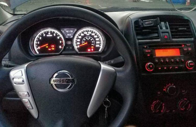Nissan Versa 1.6 S (Flex) - Foto #2