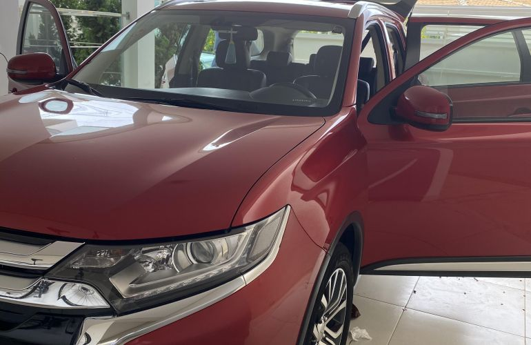 Mitsubishi Outlander 2.0 16V CVT - Foto #3
