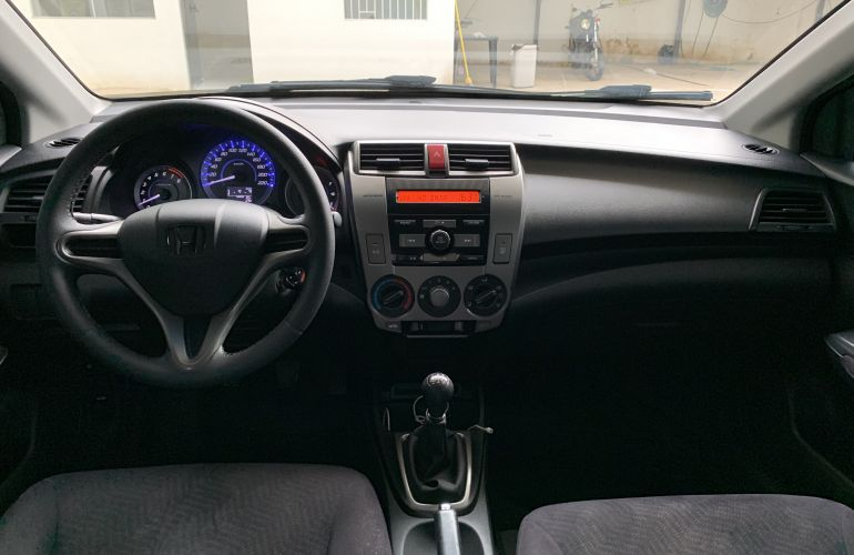 Honda City LX 1.5 16V (flex) - Foto #1