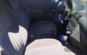 Chevrolet Corsa Hatch GL 1.6 MPFi - Foto #4