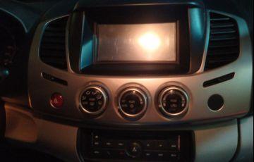 Mitsubishi L200 Triton 3.5 V6 HPE 4WD (Flex) (Aut)