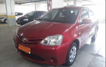 Toyota Etios Sedan XS 1.5 (Flex) - Foto #3