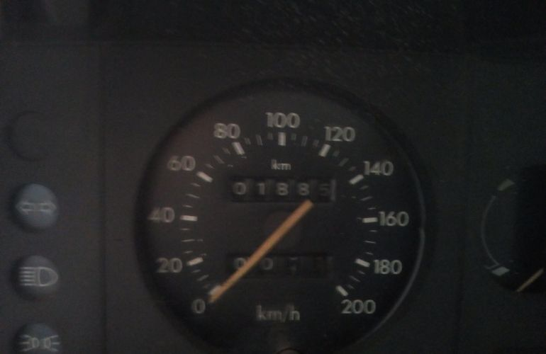 Ford Escort Hatch L 1.6 - Foto #5