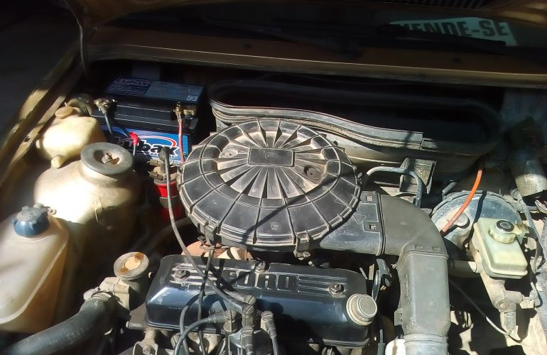 Ford Escort Hatch L 1.6 - Foto #9