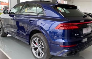 Audi Q8 3.0 TFSI Performance Black Quattro - Foto #2