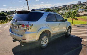 Toyota Hilux SW4 SRV 3.0 TDI 4X4 (5 Lugares) - Foto #4