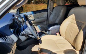 Toyota Hilux SW4 SRV 3.0 TDI 4X4 (5 Lugares) - Foto #5