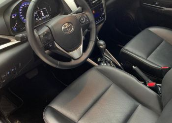 Toyota Yaris Sedan 1.5 XLS CVT (Flex) - Foto #8