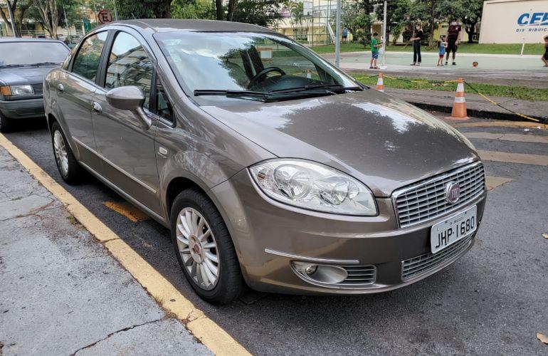 Fiat Linea Absolute 1.9 16V Dualogic (Flex) - Foto #1
