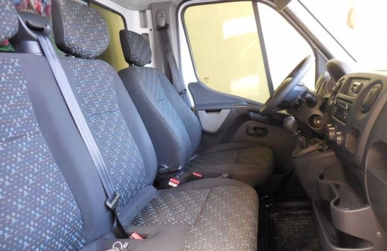 Renault Master Chassi Cabine L2H1 2.3 dCi - Foto #4