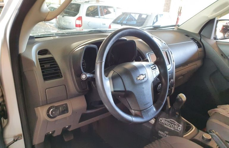 Chevrolet S10 2.8 CTDi 4x4 LT (Cab Dupla) - Foto #10