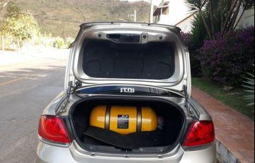 Fiat Linea Essence 1.8 16V Dualogic (Flex) - Foto #2