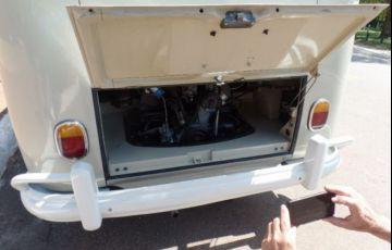 Volkswagen Kombi Standard 1.2 8V - Foto #4