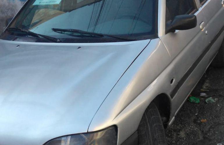 Ford Escort Hatch GLX 1.8 MPi 16V - Foto #2