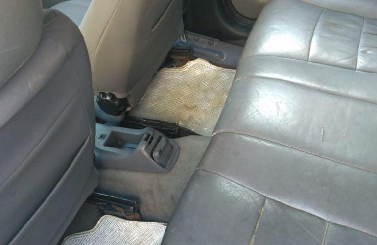 Ford Escort Hatch GLX 1.8 MPi 16V - Foto #4