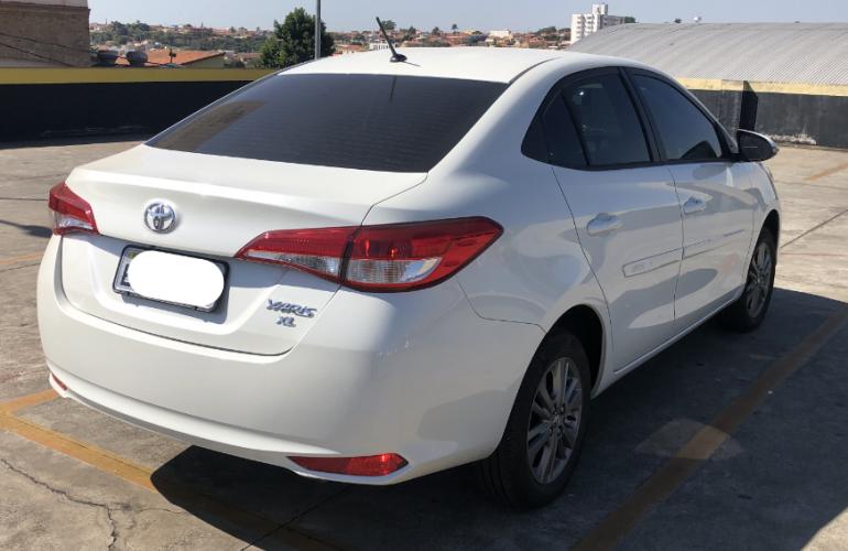 Toyota Yaris Sedan 1.5 XL Plus Connect Tech CVT - Foto #3