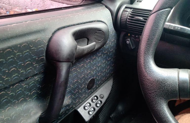 Chevrolet Corsa Sedan Wind 1.0 MPFi - Foto #9