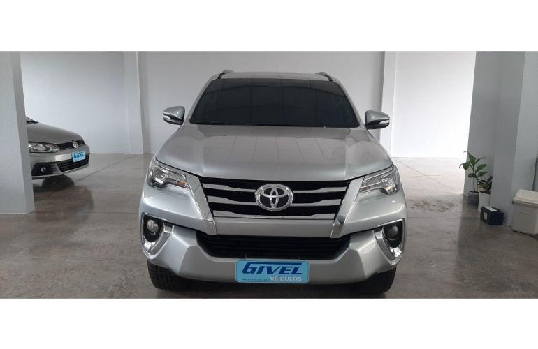 Toyota SW4 2.8 TDI SRX 5L 4x4 (Aut) - Foto #1