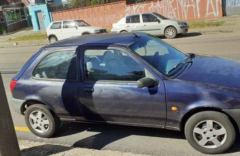 Ford Fiesta Hatch 1.0 MPi - Foto #6