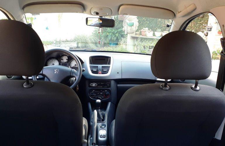 Peugeot 207 Hatch XR 1.4 8V (flex) 4p - Foto #1