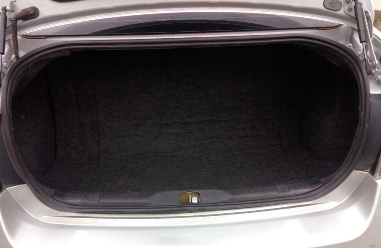 Nissan Sentra 2.0 16V (flex) - Foto #2