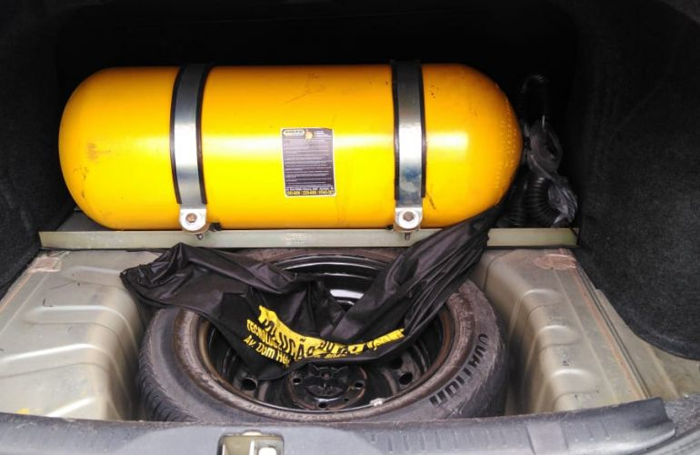 Nissan Sentra 2.0 16V (flex) - Foto #5